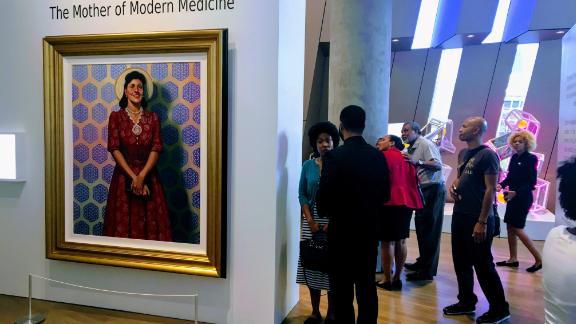 Henrietta Lacks portrait hangs in Smithsonian