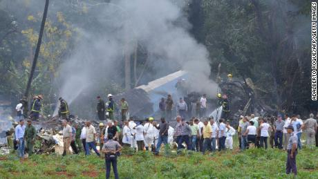 Picture taken at the scene of the accident after a Cubana de Aviacion aircraft crashed after taking off from Havana's Jose Marti airport on May 18, 2018.