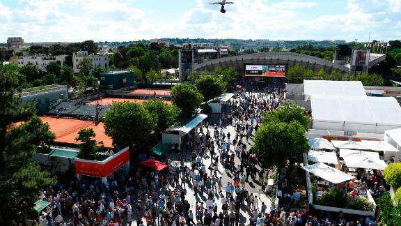The French Open oozes Parisian chic and is a springtime rite in the capital.