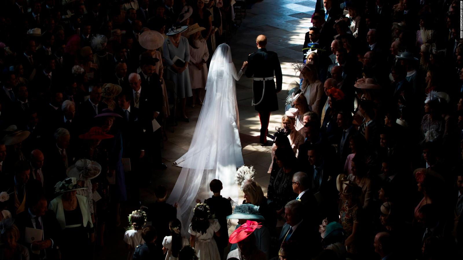 Meghan Markle\'s wedding dress is by Givenchy\'s Clare Waight Keller ...