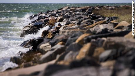 Do falling rocks cause sea level rise?  Science weighs in