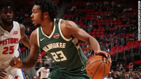 DETROIT, MI - FEBRUARY 28:  Sterling Brown #23 of the Milwaukee Bucks handles the ball against the Detroit Pistons on February 28, 2018 at Little Caesars Arena in Detroit, Michigan. NOTE TO USER: User expressly acknowledges and agrees that, by downloading and/or using this photograph, User is consenting to the terms and conditions of the Getty Images License Agreement. Mandatory Copyright Notice: Copyright 2018 NBAE (Photo by Brian Sevald/NBAE via Getty Images)