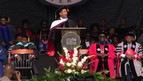 exp don lemon cau commencement address _00002001.jpg