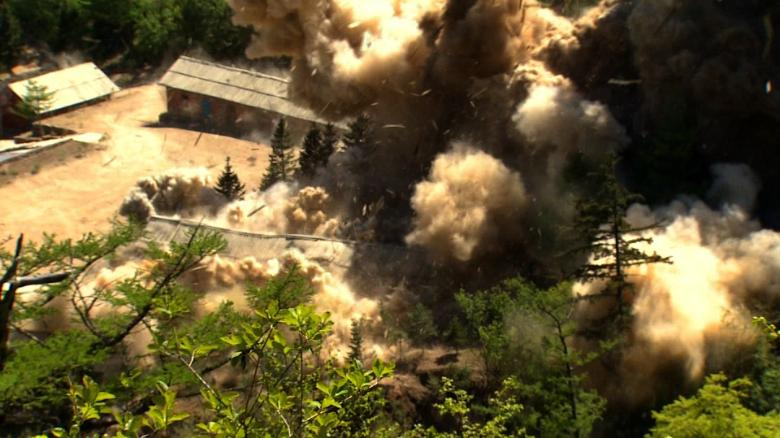 CNN witnesses N  Korea nuke site destruction