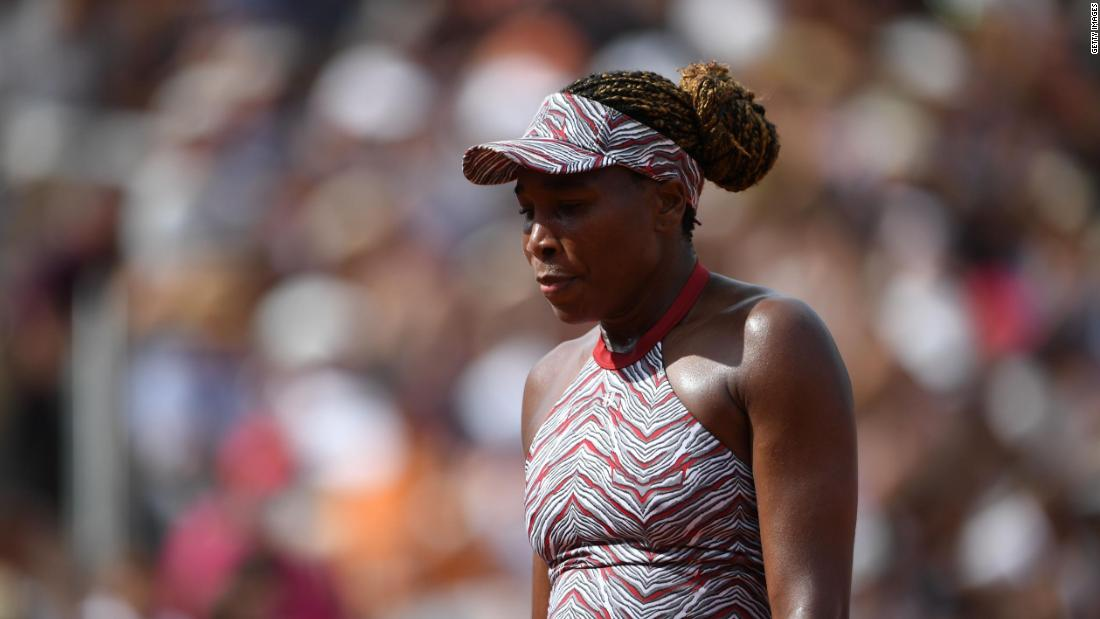 Bad news travels in two as Venus Williams also suffered a shock exit after losing to Wang Qiang.