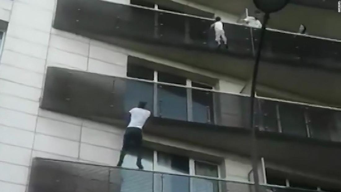 spiderman-rescues-child-dangling-from-paris-balcony