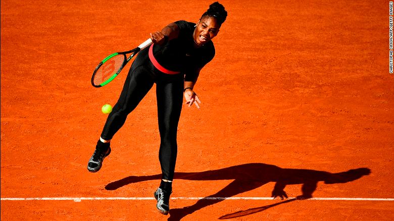 Serena Williams sports striking catsuit in French Open return - CNN