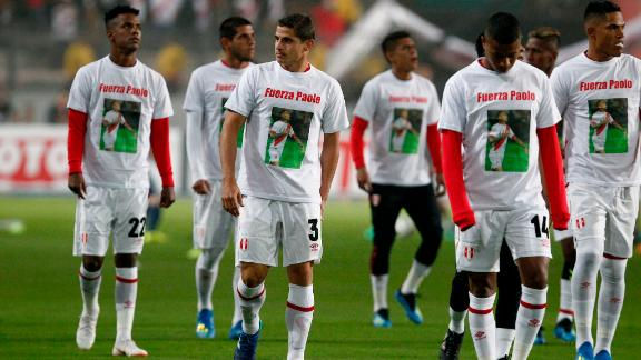 Peru players wore t-shirts proclaiming their support for Guerrero ahead of a friendly match against Scotland on May 29 in Lima.
