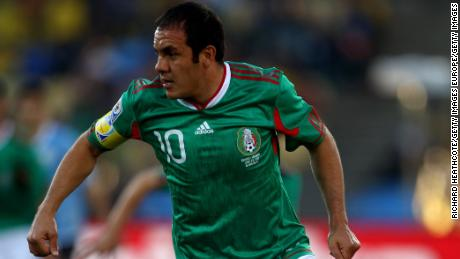 RUSTENBURG, SOUTH AFRICA - JUNE 22:  Cuauhtemoc Blanco of Mexico in action during the 2010 FIFA World Cup South Africa Group A match between Mexico and Uruguay at the Royal Bafokeng Stadium on June 22, 2010 in Rustenburg, South Africa.  (Photo by Richard Heathcote/Getty Images)