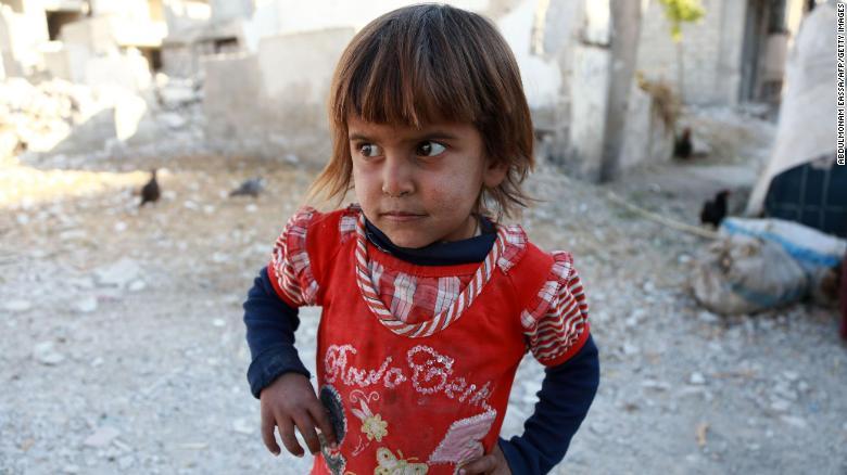 Một nửa số trẻ em trên thế giới đối mặt với nguy cơ từ chiến tranh, nghèo đói và phân biệt đối xử