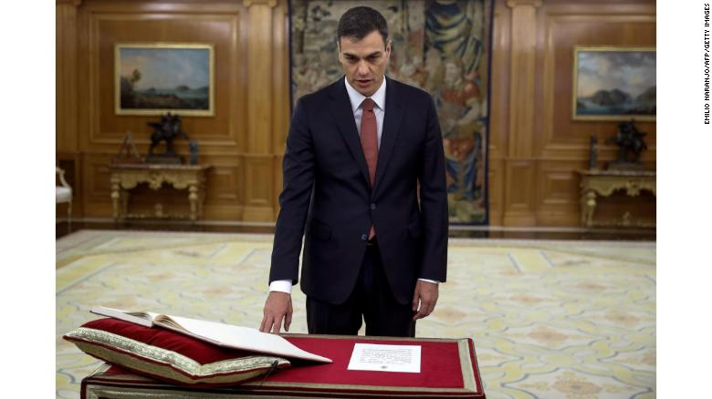 Pedro Sánchez sworn in as Spain's Prime Minister after ousting Mariano Rajoy