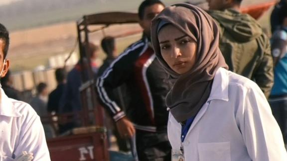 Razan al-Najjar provides medical aid to protesters in Gaza wounded by Israel forces