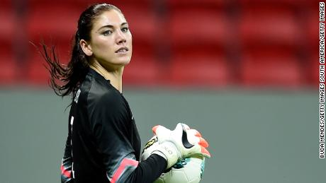 BRASILIA, BRAZIL - DECEMBER 10: Goalkeeper Hope Solo of the USA in action during a match between USA and China as part of International Women's Football Tournament of Brasilia at Mane Garrincha Stadium on December 10, 2014 in Brasilia, Brazil. (Photo by Buda Mendes/Getty Images)