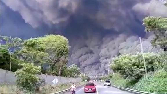 guatemala volcan de fuego minutos terror orig huston_00005121.jpg