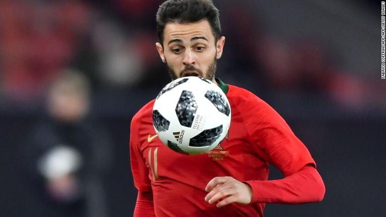 Portugal's midfielder Bernardo Silva eyes the ball during an international friendly football match between Portugal and Egypt at Letzigrund stadium in Zurich on March 23, 2018. / AFP PHOTO / Fabrice COFFRINI        (Photo credit should read FABRICE COFFRINI/AFP/Getty Images)