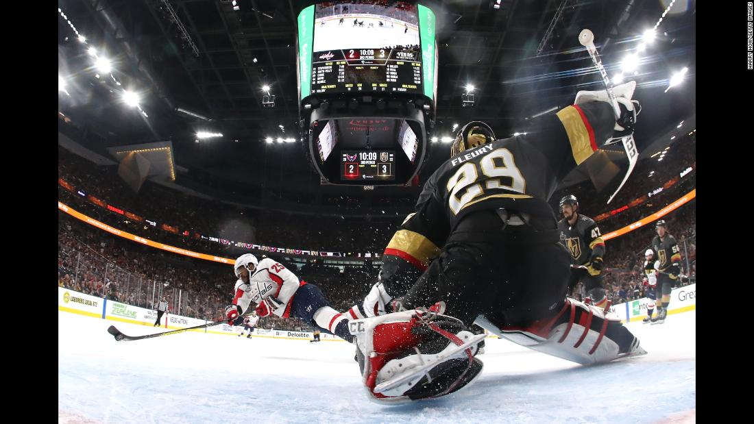 Washington Capitals΄ Devante Smith-Pelly dives to score a third-period goal in Game 5 of the Stanley Cup Final, tying the game at 3-3. The Capitals won 4-3 on Thursday, June 7, in Las Vegas.