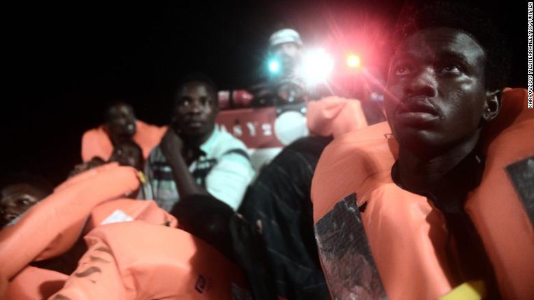 Italy refuses ship carrying 600 migrants
