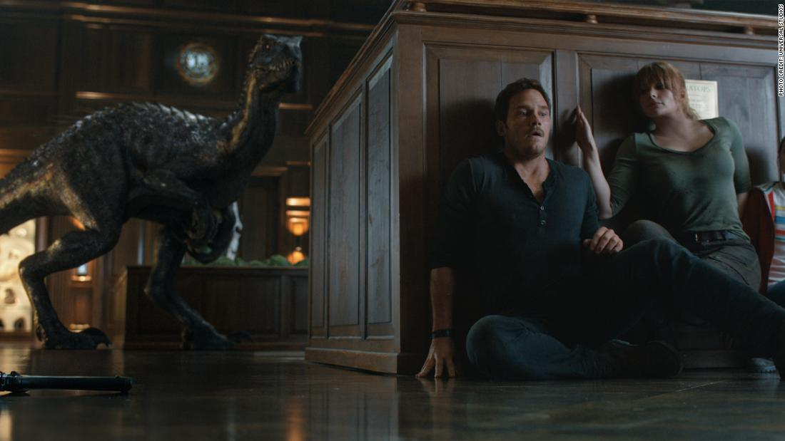 'Jurassic World' sequel unleashes mindless monster mayhem