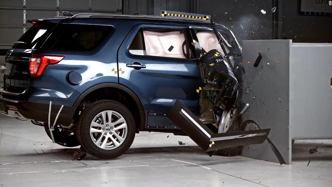 2018 Jeep Grand Cherokee >> Jeep Grand Cherokee and Ford Explorer flunk crash test - CNN Video