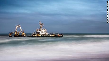Skeleton Coast - Wreck of the fishing trawler Zeila