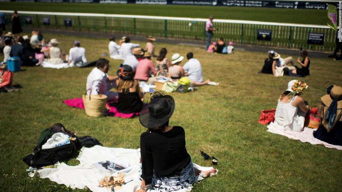 The Prix de Diane day is a day of garden parties and al fresco entertainment.