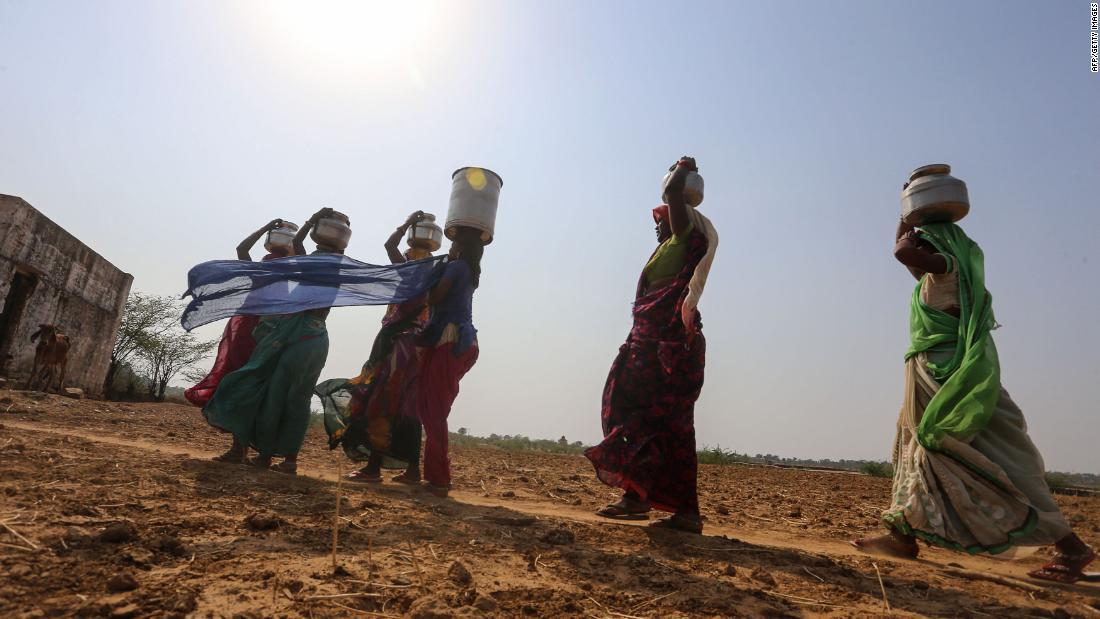 India facing its worst water shortage in history, report says