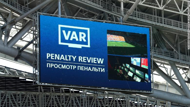 KAZAN, RUSSIA - JUNE 16:  The LED screen shows VAR reviewing a penalty decision during the 2018 FIFA World Cup Russia group C match between France and Australia at Kazan Arena on June 16, 2018 in Kazan, Russia.  (Photo by Catherine Ivill/Getty Images)