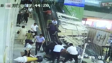 china ceiling collapse escalator newsrouce orig pkg_00001001.jpg