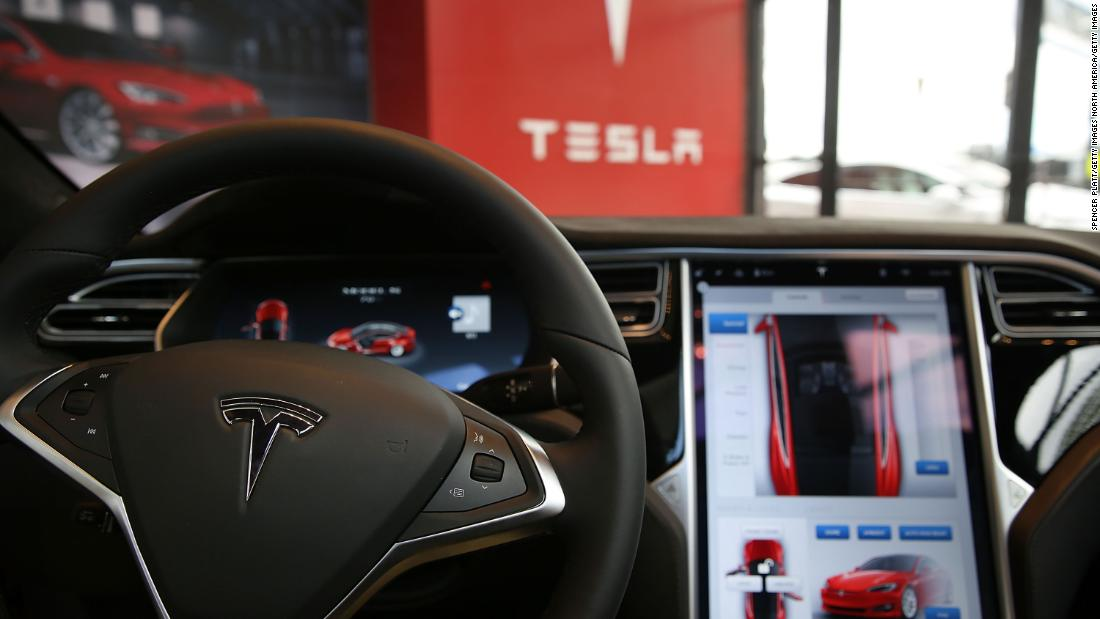 Insurance group says systems like Tesla Autopilot, GM's Super Cruise need safety regulations