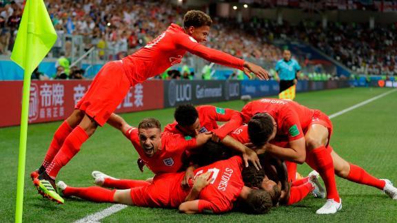 English players celebrate Harry Kane