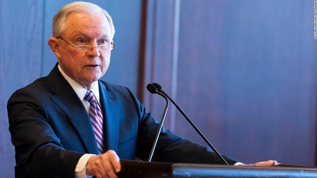 Former top federal prosecutors call on Sessions to end 'zero tolerance' at border