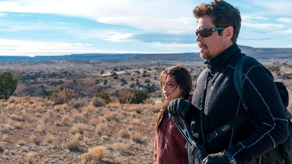 Benicio del Toro and Isabela Moner in 'Sicario: Day of the Soldado'