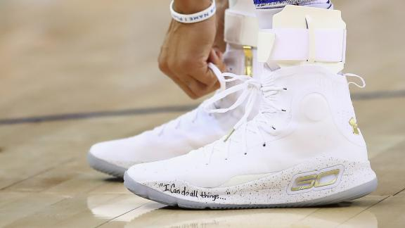 Many athletes love the biblical verse on Stephen Curry