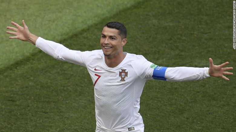 los angeles 9d6cb a7984 Trump: Ronaldo wouldn't be Portugal president