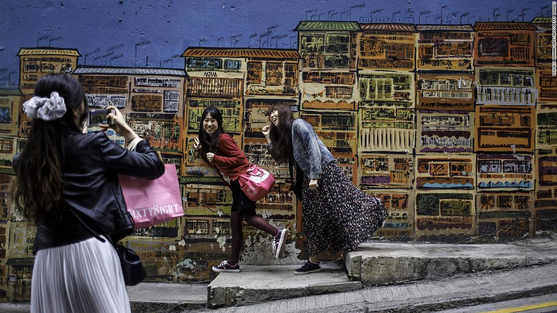 Hong Kong: A city in color