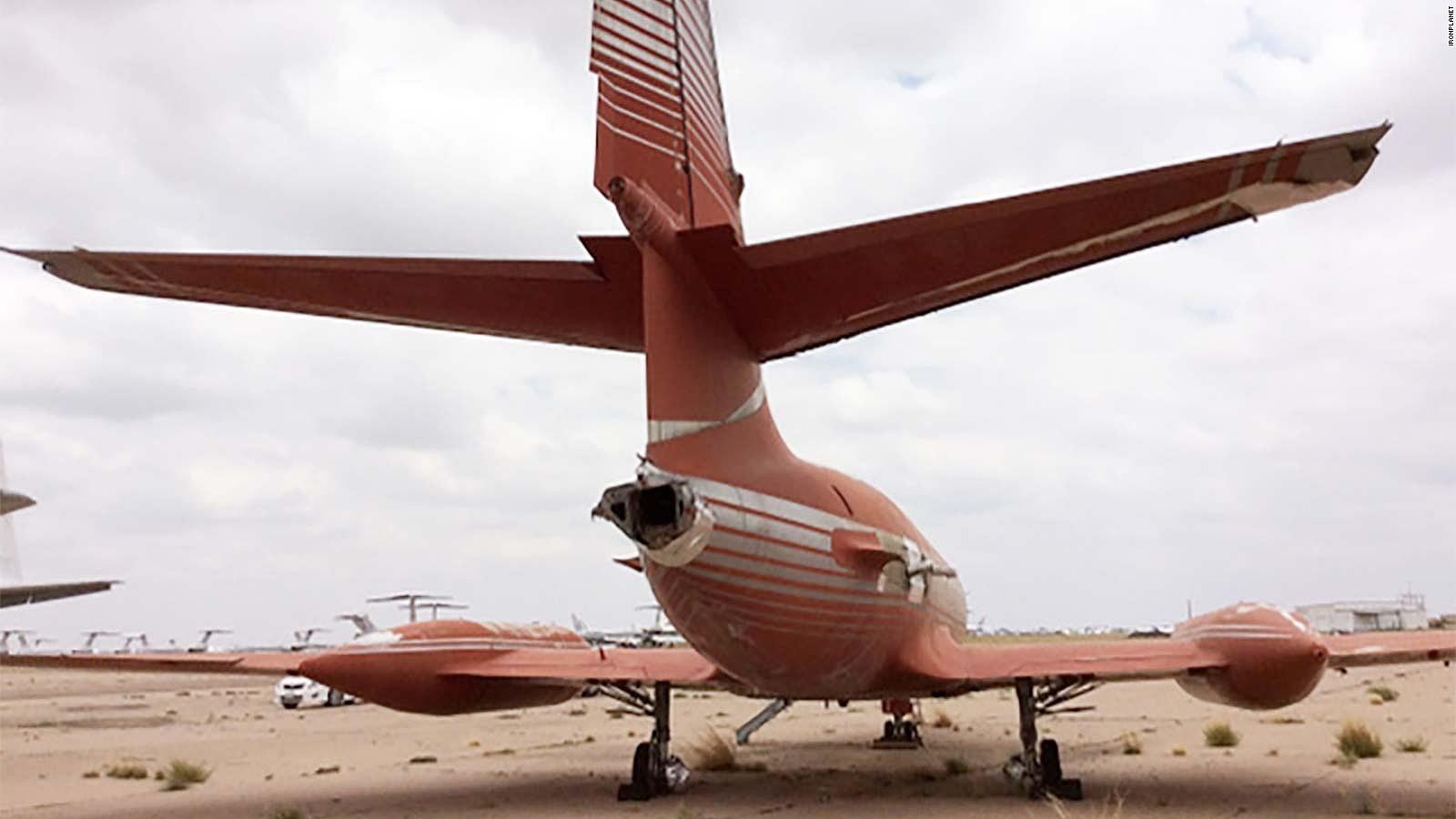 Begini kondisi pesawat terlihat dari bagian belakang.