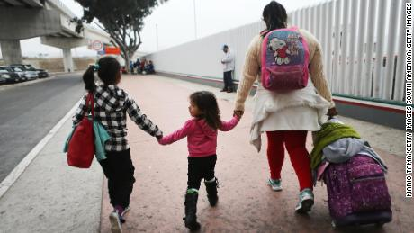 Hundreds of separated children not reunited amid slow progress