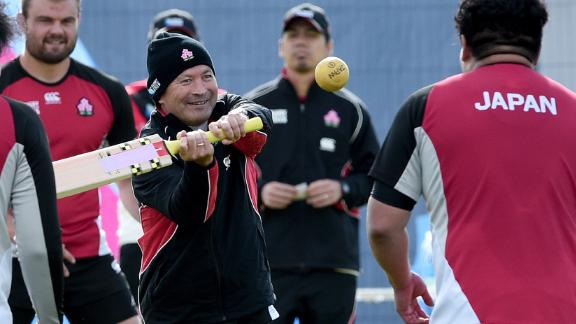 Jones guided minnow Japan to a famous World Cup win against South Africa in the group stage in 2015. He became national coach following a second spell coaching Japanese club side Suntory Sungoliath.