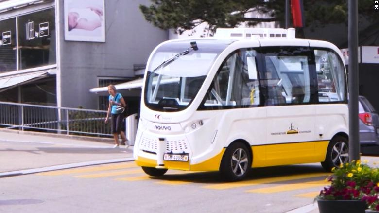 Self Driving Bus Propels Town Into The Future