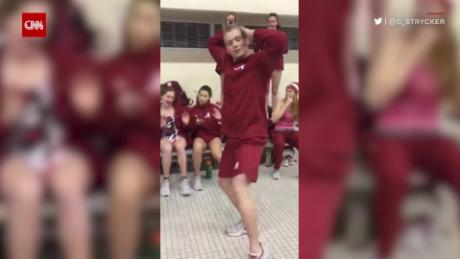 College Swimmer Dance Beyoncé orig_00000024