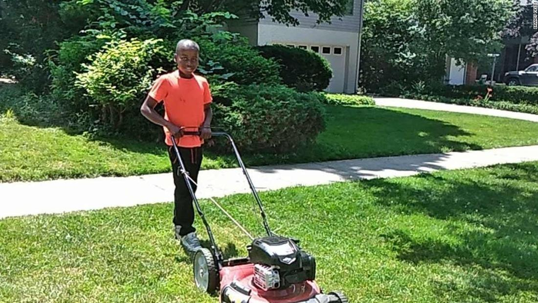 Neighbor calls police on a 12-year-old boy for mowing the wrong lawn - CNN - Neighbor Calls Police On A 12-year-old Boy For Mowing The Wrong Lawn