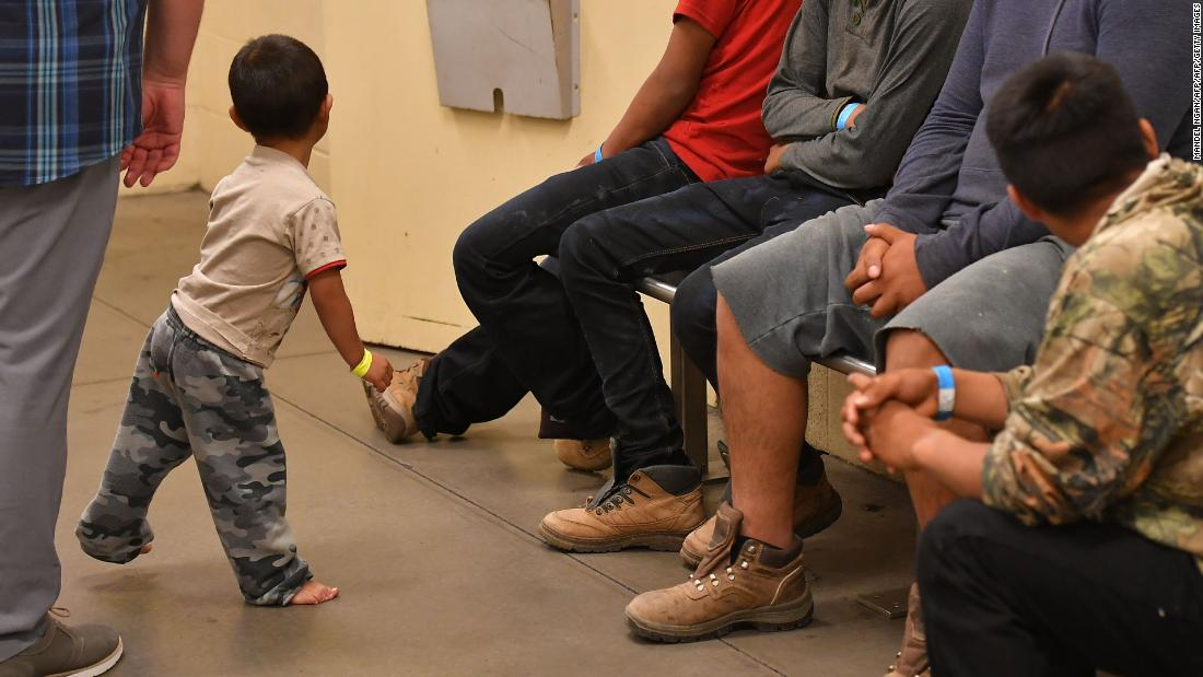 'Crowding diseases' threaten migrant children held in US border protection facilities, expert says