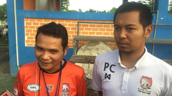 Nopparat Kanthawong, head coach of the Wild Boars, left, and Pannawit Jongkham, coach for the senior team, are feeling optimistic about the rescue.