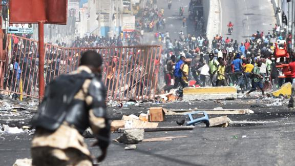 Looting broke out on the streets of Haiti
