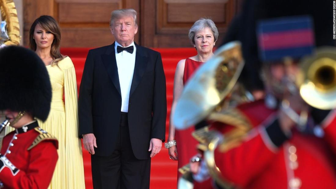 Trump detonates Brexit bomb in Britain visit