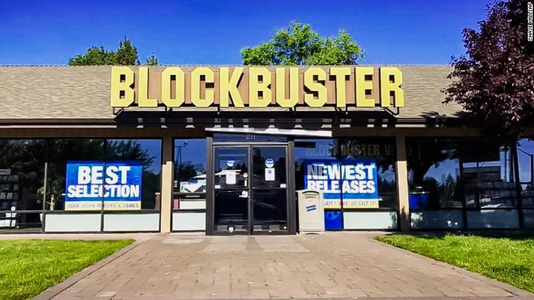 The last Blockbuster store 180713123301-blockbuster-bend-oregon-exlarge-169