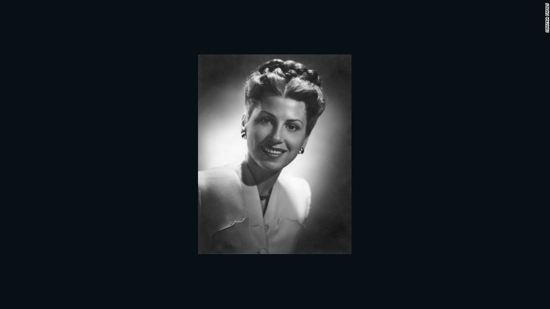 Nancy Sinatra, former wife of Frank Sinatra, dead at 101