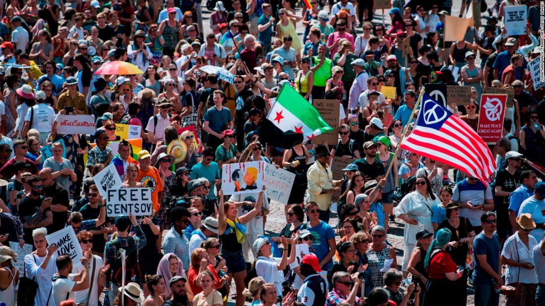180715120951 06 helsinki protest 0715 super tease