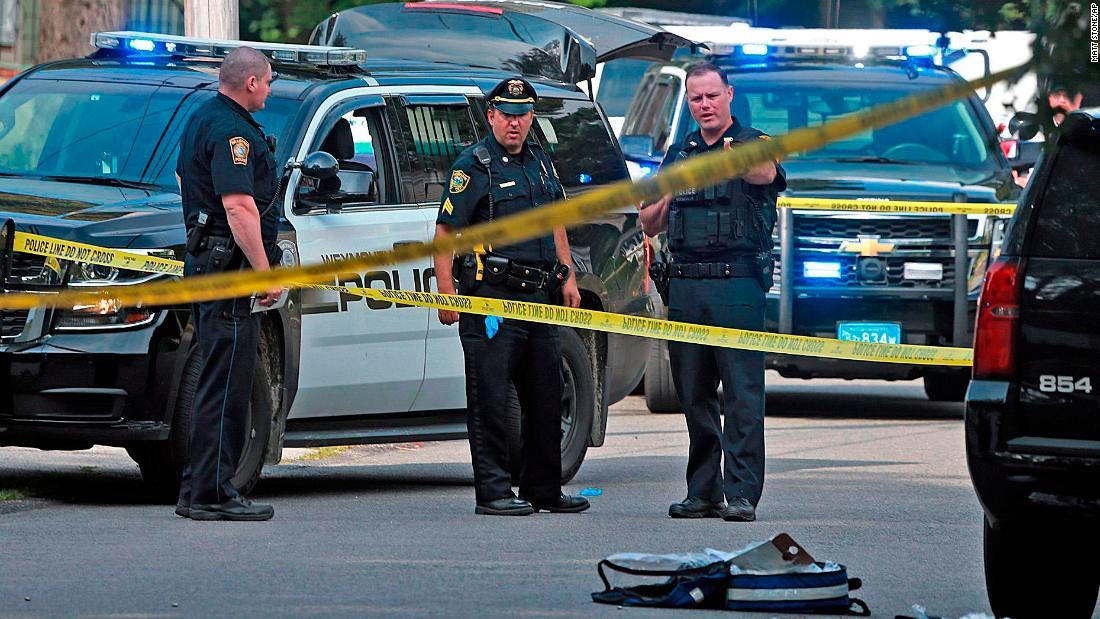 Police officer, bystander fatally shot near Boston – Trending Stuff