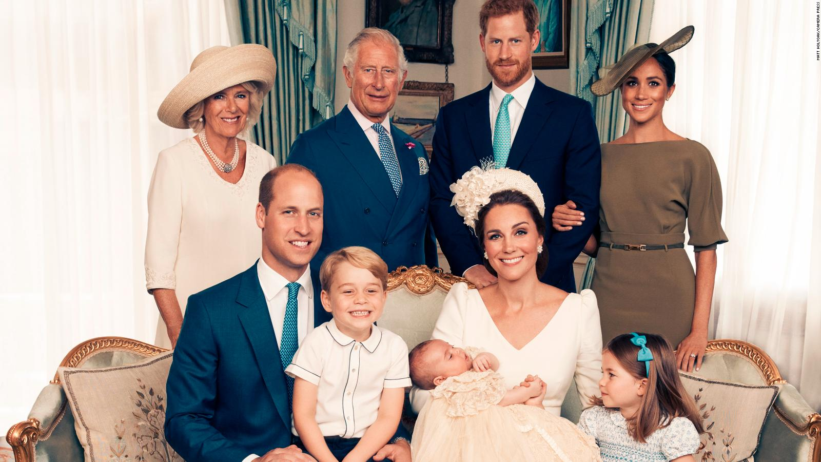 180716101205-01-prince-louis-christening-official-full-169